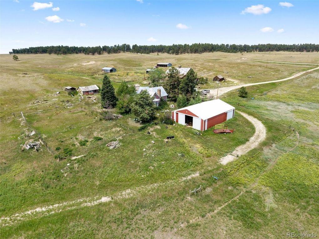 10565 County Line Rd, Elbert