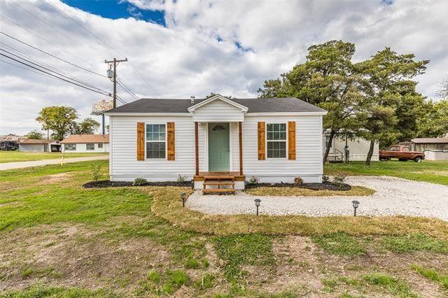 200 E Long St Elm Mott, TX 76640