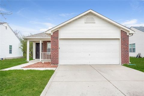 Photo of 7138 Mars Dr, Indianapolis, IN 46241