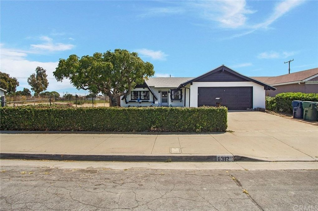 8312 Friesland Dr Huntington Beach, CA 92647