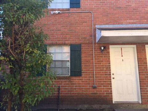 Photo of 1602 Clearview Pkwy Apt B, Metairie, LA 70001
