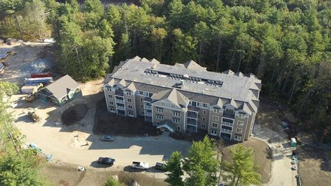 Photo of 7 Willey Creek Rd Unit 304, Exeter, NH 03833