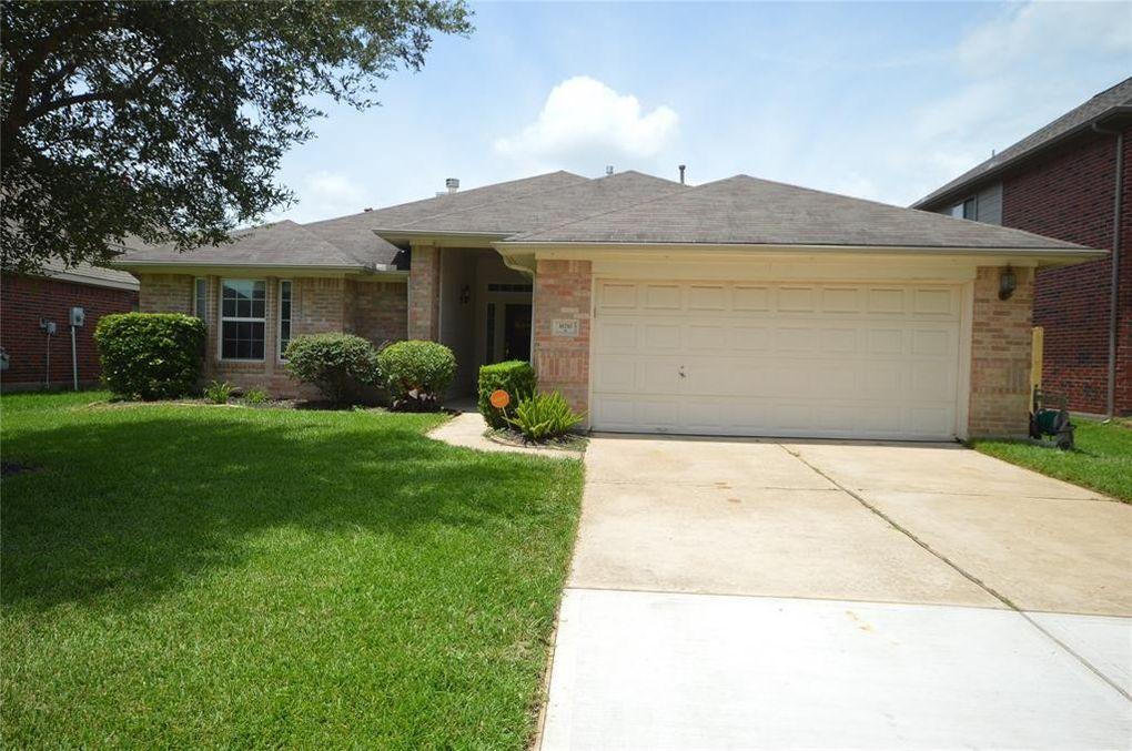 16710 Wilsons Creek Ln Houston, TX 77083