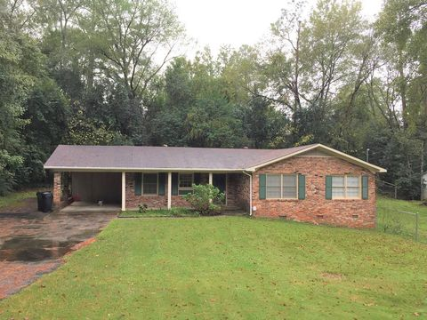 Photo of 770 Newton Pl, Macon, GA 31204