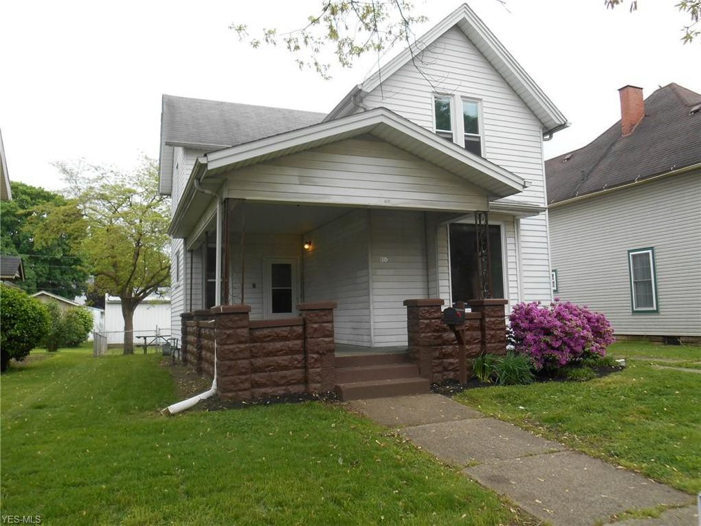 156 Park Ave Coshocton Oh 43812 Realtor Com