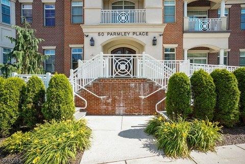50 Parmley Pl Apt 203, Summit, NJ 07901