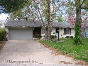 Photo of 2837 E Monroe Ter, Springfield, MO 65802