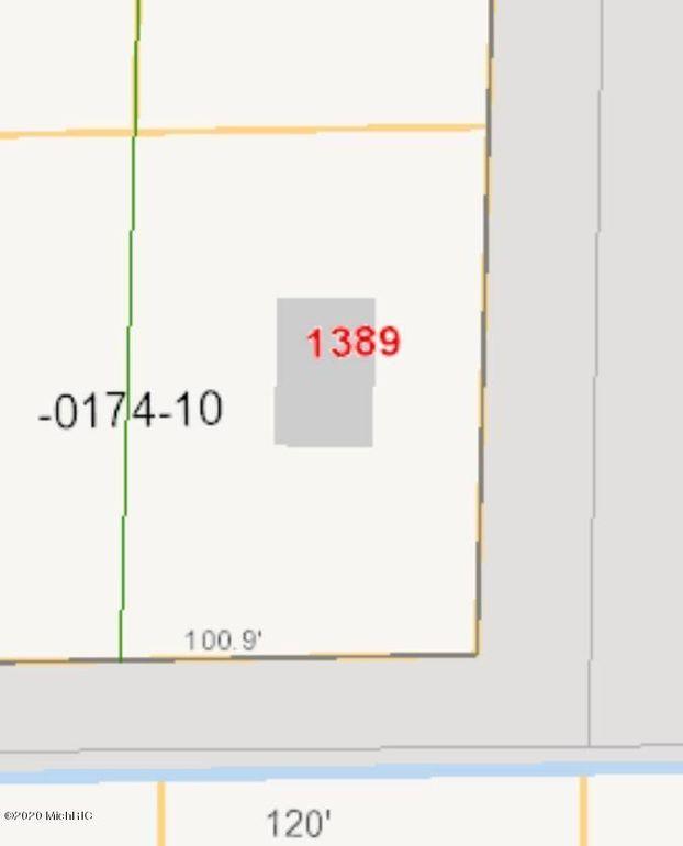 1389 Barlow St Muskegon, MI 49442