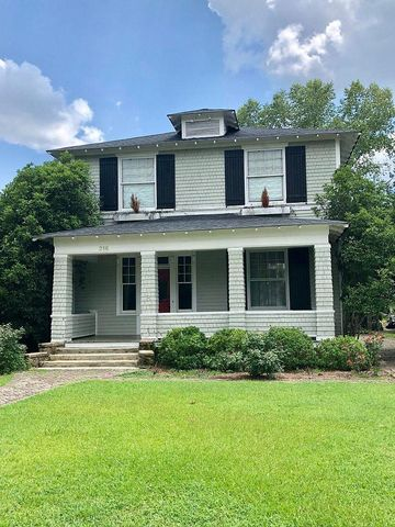 Photo of 216 W Calhoun St, Sumter, SC 29150