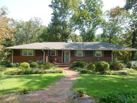 Photo of 2762 Tanglewood Rd, Chattanooga, TN 37415