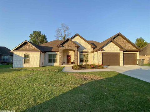Photo of 3009 Norman Rockwell Dr, Paragould, AR 72450