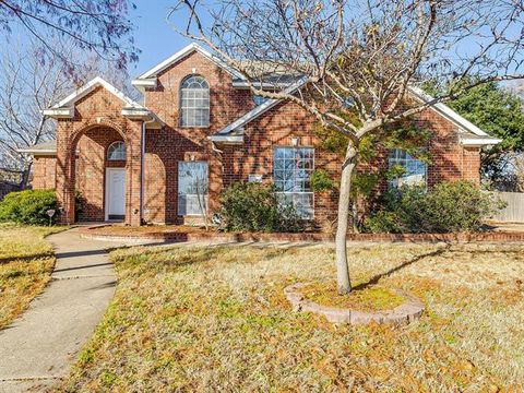 4 Brittany Ct, Mansfield, TX 76063