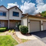 375 E Forest Knoll Dr Palatine, IL 60074