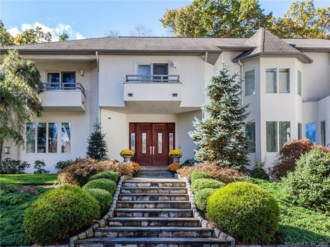 Photo of 8 Sail Harbour Dr, Sherman, CT 06784