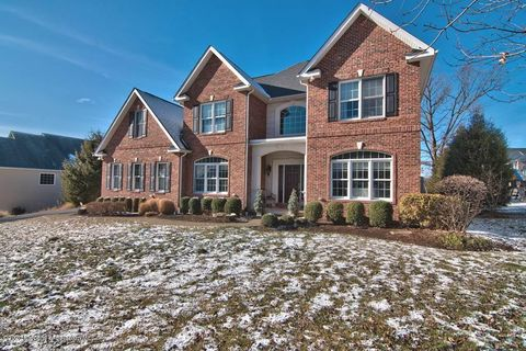 Photo of 22 Oneill Dr, Moosic, PA 18507