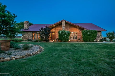 Photo of 3774 County Road Hh, Hereford, TX 79045