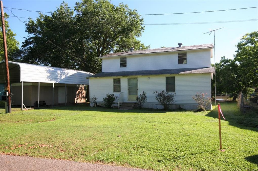 4720 County Road 819 Brazoria, TX 77422