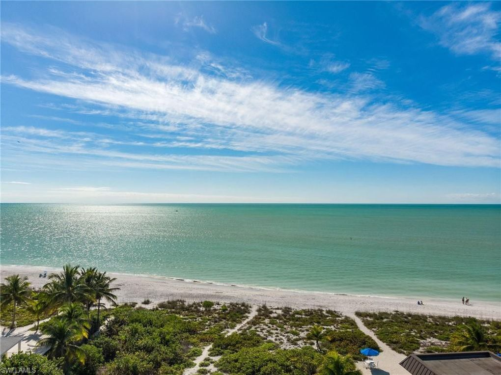 3049 W Gulf Dr Unit 203 Sanibel, FL 33957