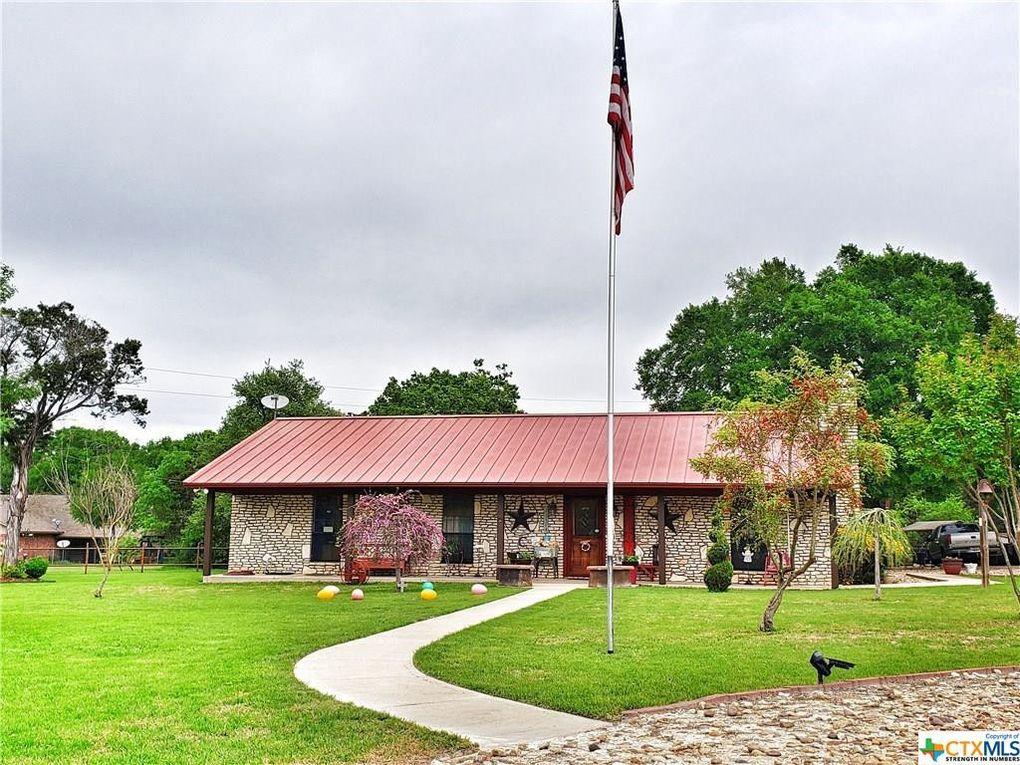 105 Windy Ln Gatesville, TX 76528