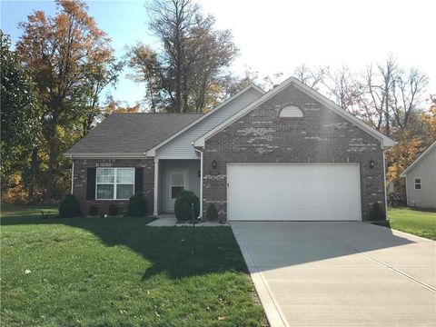 Photo of 8781 Ingram Ln, Avon, IN 46123