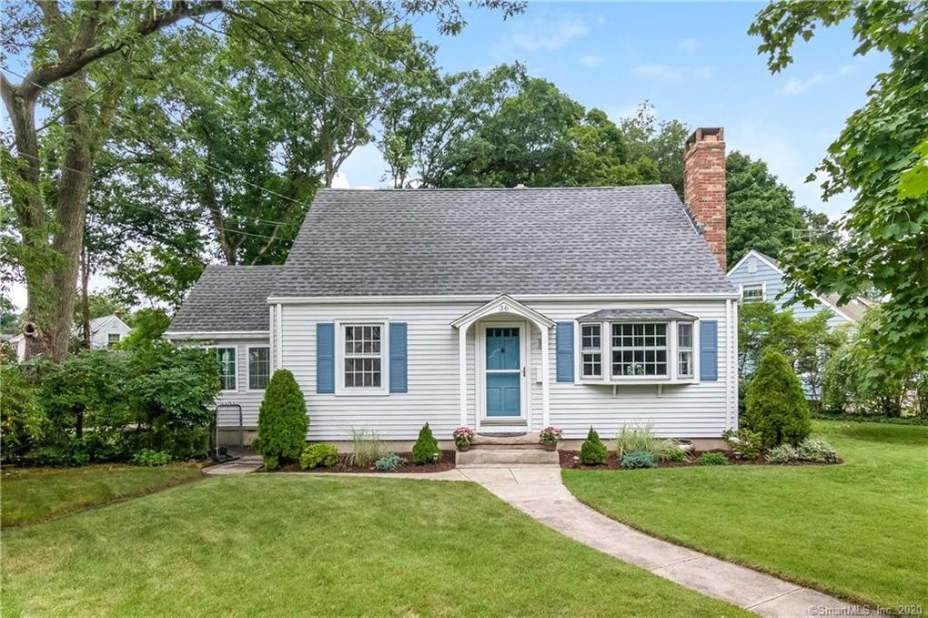 36 Lincoln St North Haven, CT 06473