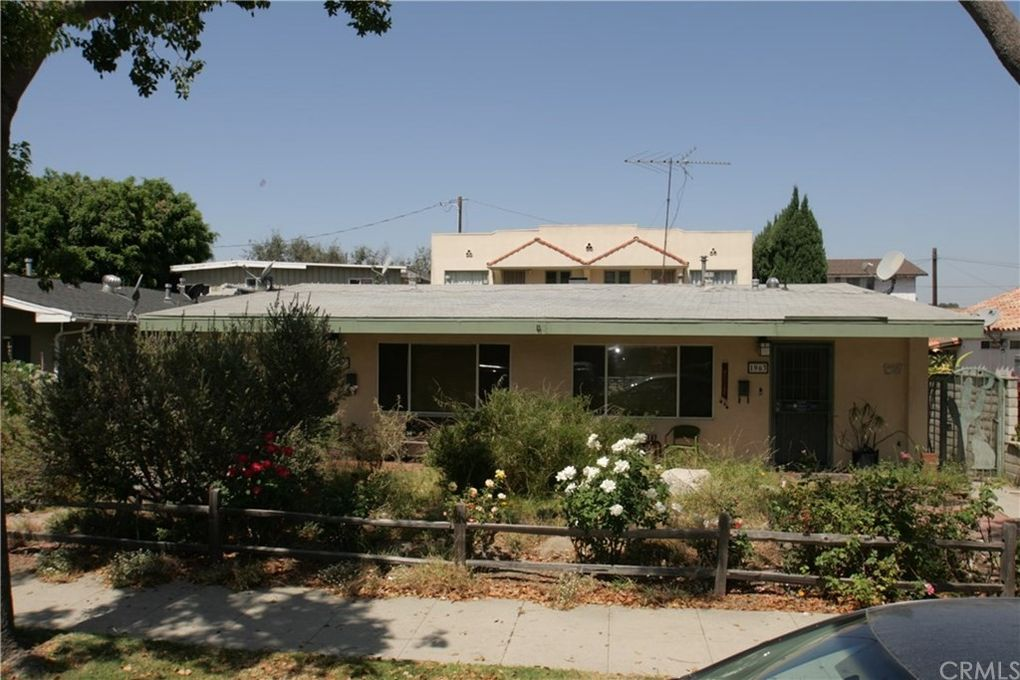 1961 San Francisco Ave Long Beach, CA 90806