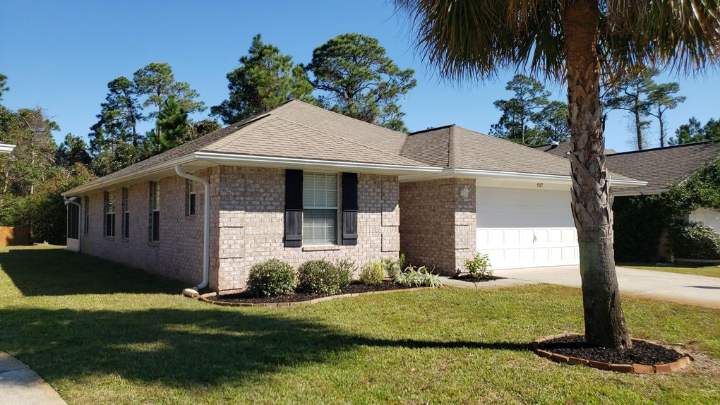917 Lajolla Ln Mary Esther, FL 32569