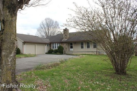 Photo of 245 Broadview Cir, Brevard, NC 28712