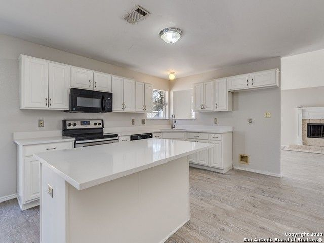 1904 Mulberry Ct San Marcos, TX 78666