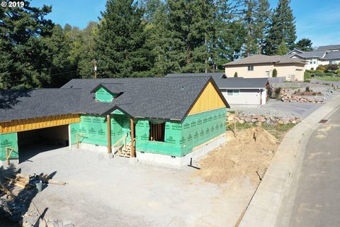 Photo of 7164 Vista Ridge Dr, Brookings, OR 97415