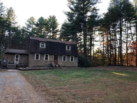 Photo of 212 Old Turnpike Rd Unit 1, Townsend, MA 01474