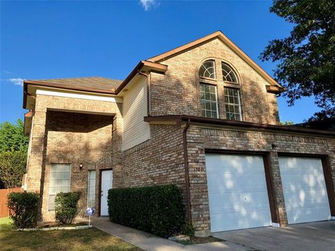 Photo of 6904 Hickory Crk, Plano, TX 75023