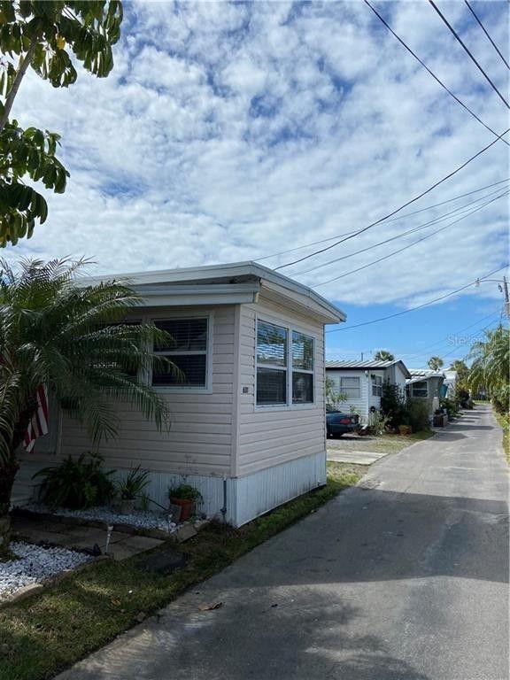 2601 Gulf Dr N Lot 631 Bradenton Beach, FL 34217