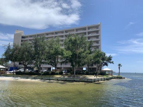 Photo of 324 E Beach Dr Apt 301, Panama City, FL 32401