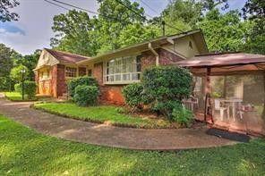 Photo of 841 Artwood Rd Ne, Atlanta, GA 30307