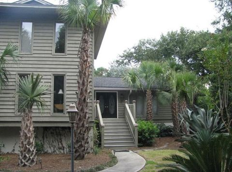Photo of 6 Sandwedge Ln, Isle Of Palms, SC 29451