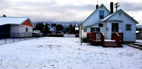 Photo of 803 E First St, Cle Elum, WA 98922