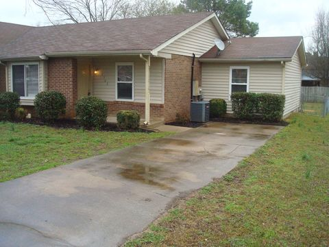 Photo of 2562 Exeter Dr, Murfreesboro, TN 37130