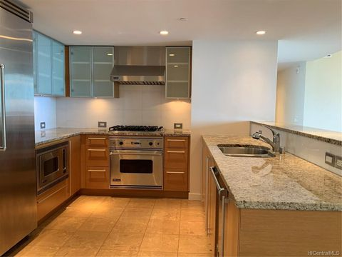 Photo of 1177 Queen St Apt 4008, Honolulu, HI 96814