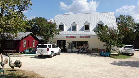 Photo of 453 N Washington St, Round Top, TX 78954
