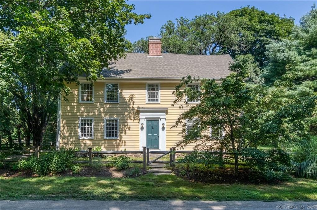 929 Nut Plains Rd Guilford, CT 06437