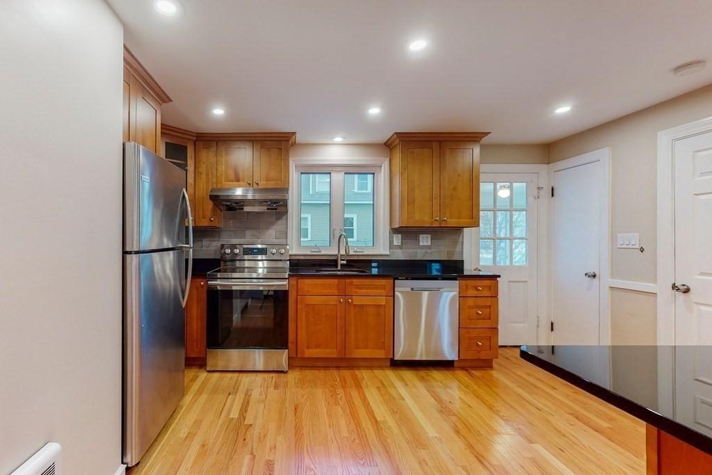 199 Lowell St Unit 199 Waltham Ma 02453 Realtor Com