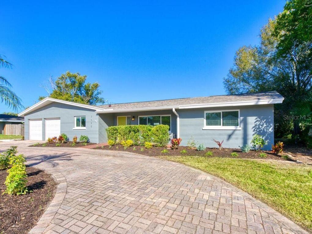 2625 Webber St Sarasota, FL 34239