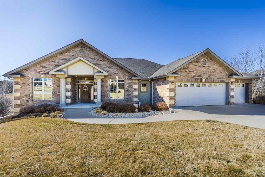 1209 W Park Grove Dr Manhattan Ks 66503 Realtor Com