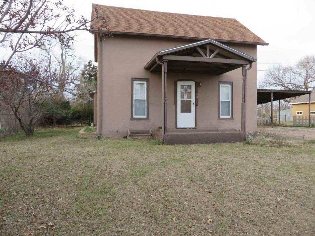 158 W Avenue D Garden Plain, KS 67050