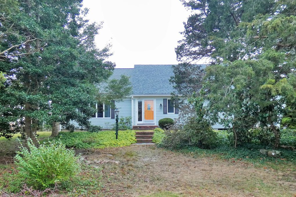 29 Heritage Dr West Yarmouth, MA 02673