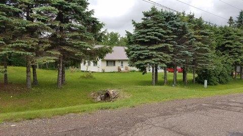 4887 Rice Lake Rd, Duluth, MN 55803