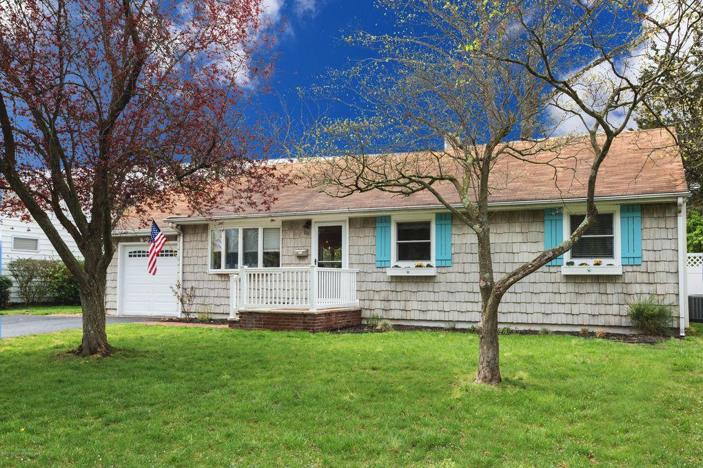 119 Meadowbrook Rd Spring Lake, NJ 07762