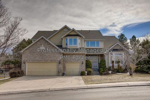 Photo of 310 Crossing Cir, Castle Pines, CO 80108