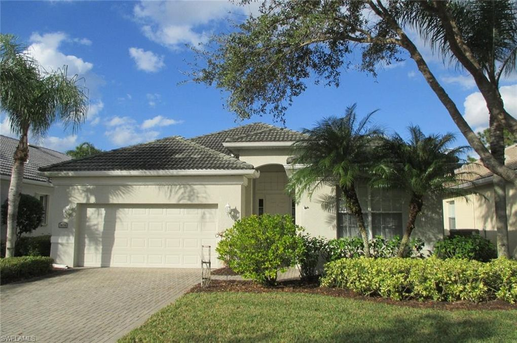 3634 Grand Cypress Dr Naples, FL 34119